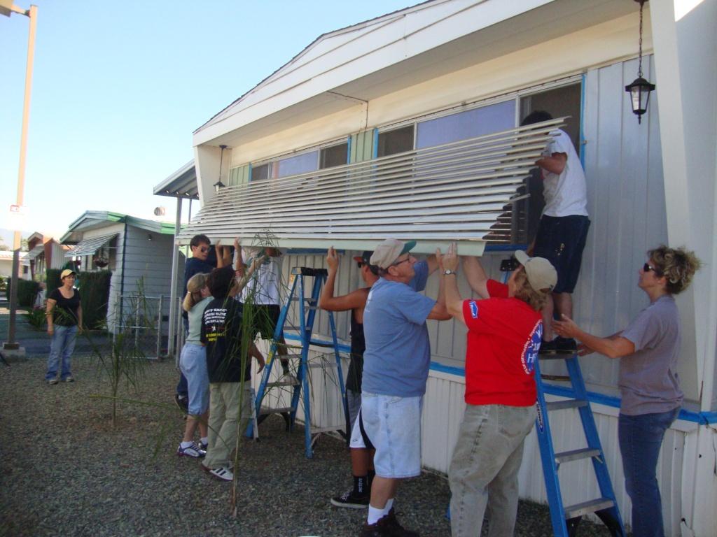 10/22/11: Volunteer Day