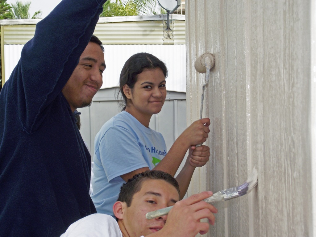 2/11/12-UCR Habitat Chapter & Ramona HS Habitat Club