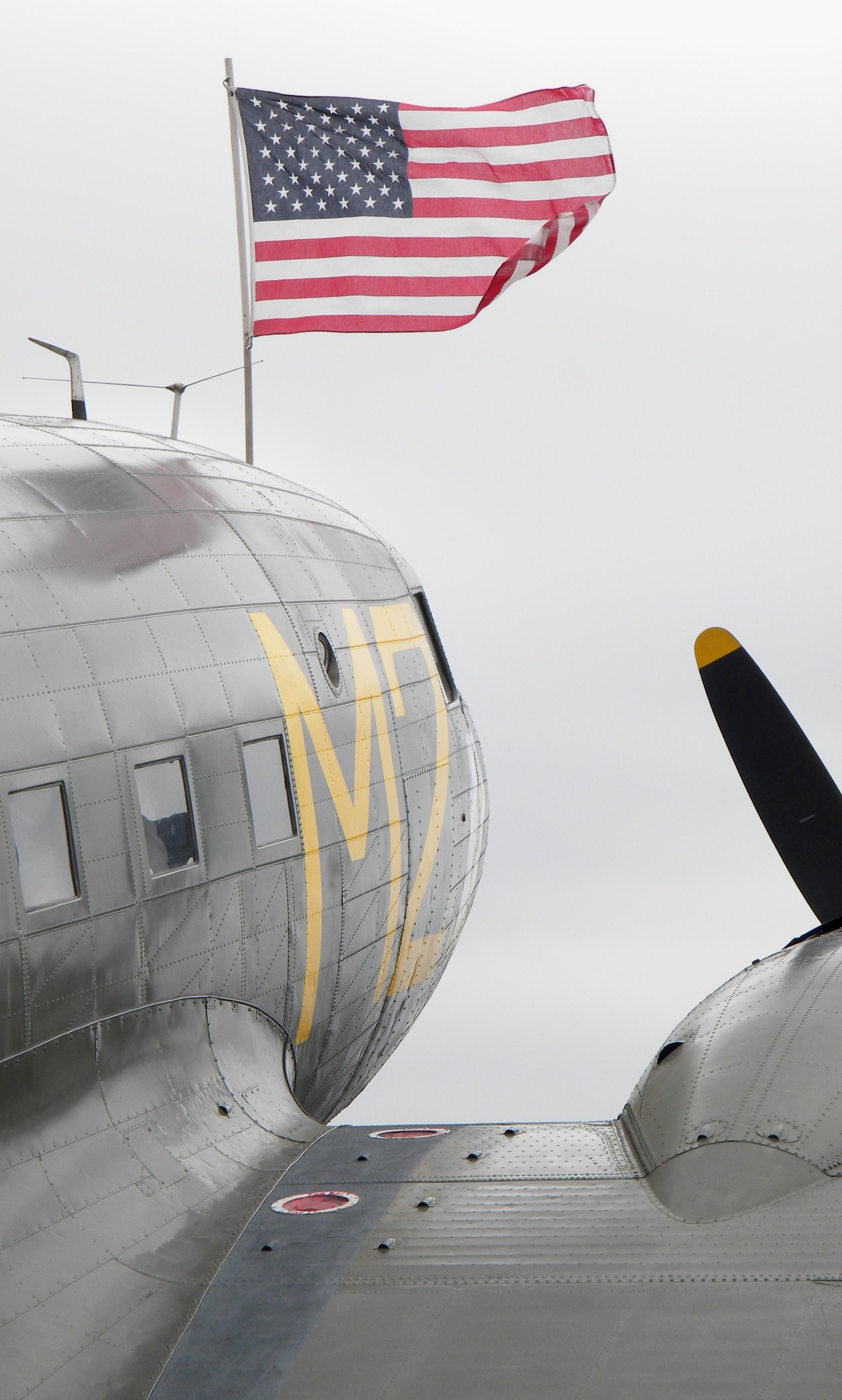 american-flag-air-show-2012
