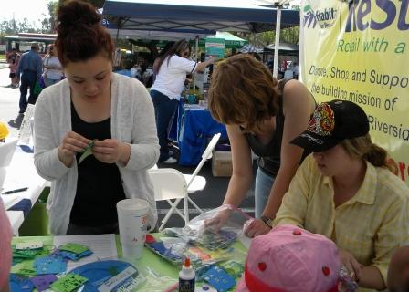 Earth Night Booth UCR Chapter Volunteers