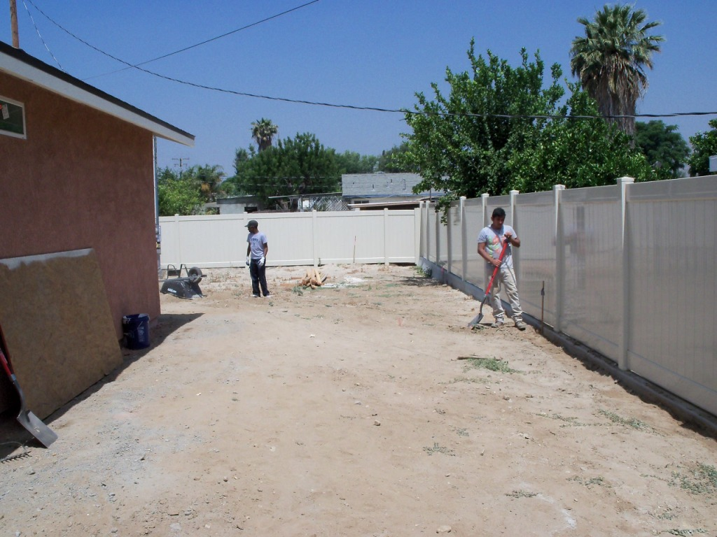 6/14/12: Crestmore Dirt Party