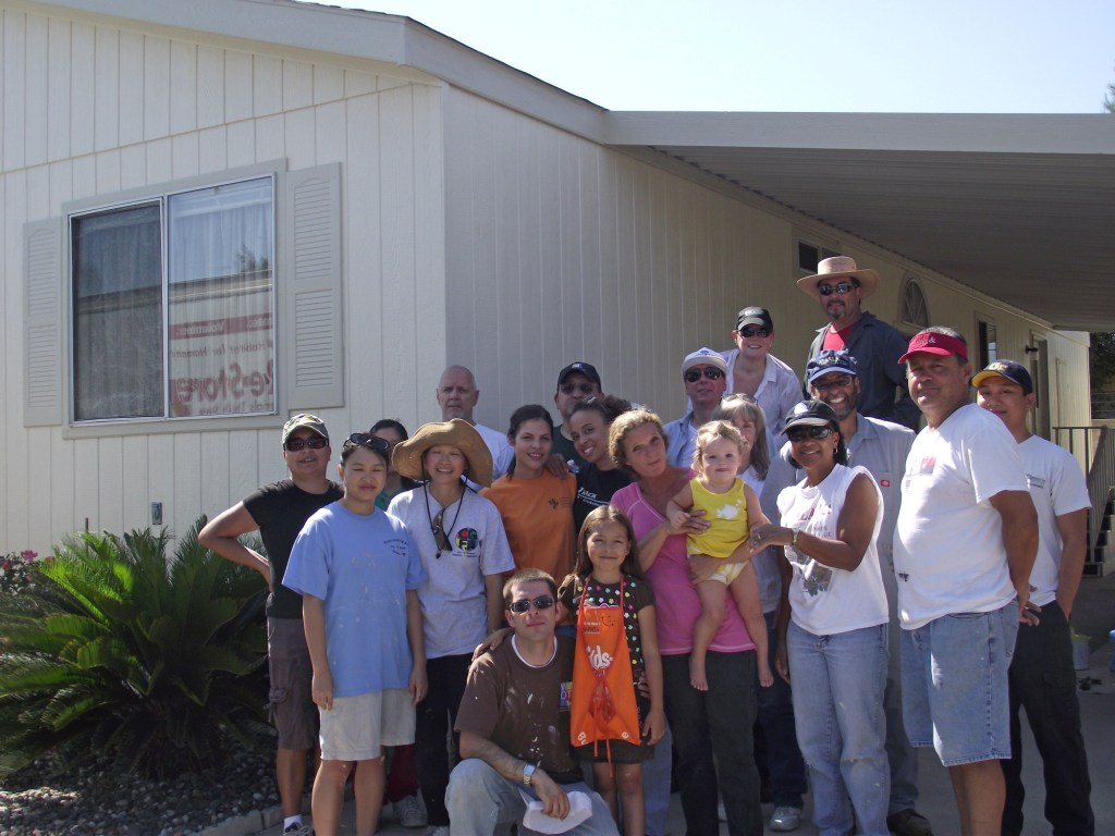 8-27-2011: City of Corona & Habitat Volunteers04