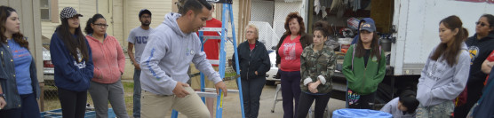 Experienced Volunteers Revive a Home