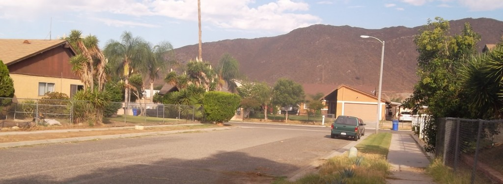 A walk through the Demeter Neighborhood shows its beautiful scenic mountain ranges, as well as the neighborhood's potential