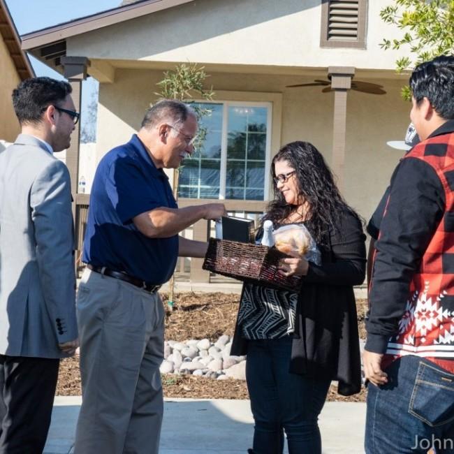 Roberts Way Dedication Cordero family (2)