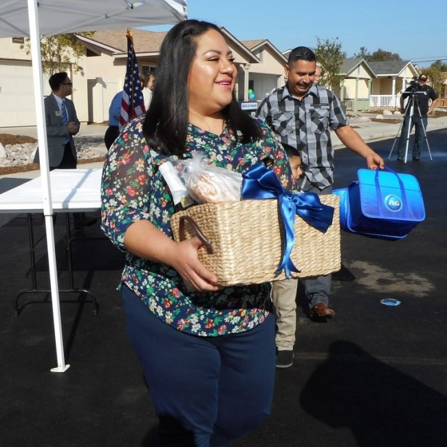 Roberts Way Dedication De La Cruz Rocha Family- Gabriela