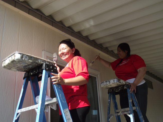 Wells Fargo Volunteers Impact the Life of another Moreno Valley